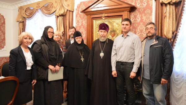 В здании Симбирской митрополии состоялась встреча общественных организаций с Митрополитом Симбирским и Новоспасским Анастасием